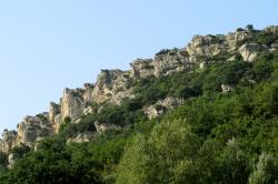 Malaucène éperon rocheux