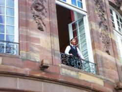 Yannick ODANT, ténor chantant la Marseillaise